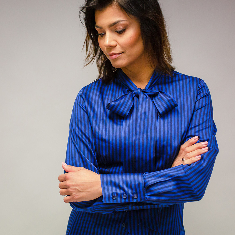 Women's shirt with a bow 10105