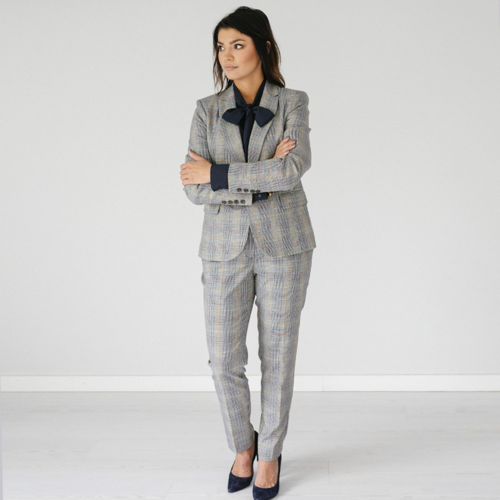 Women's suit trousers with checkered pattern 10142