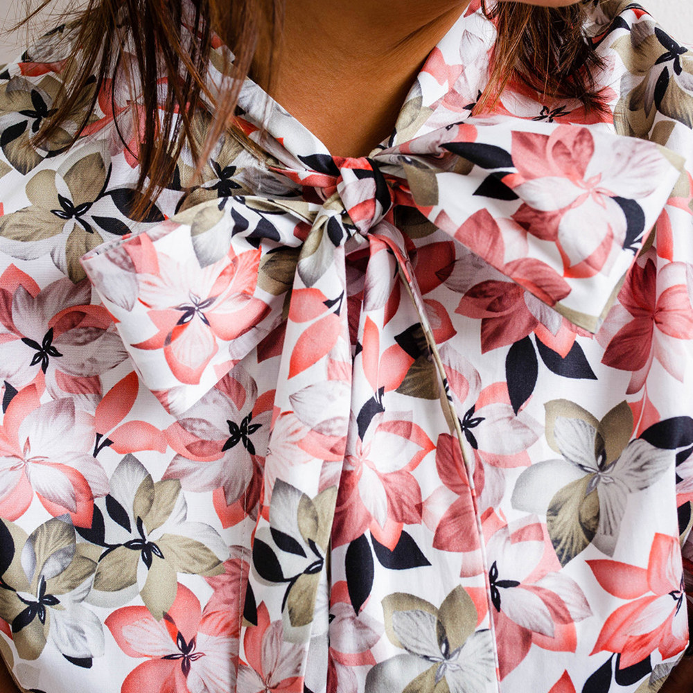 Women's shirt with floral pattern 10287