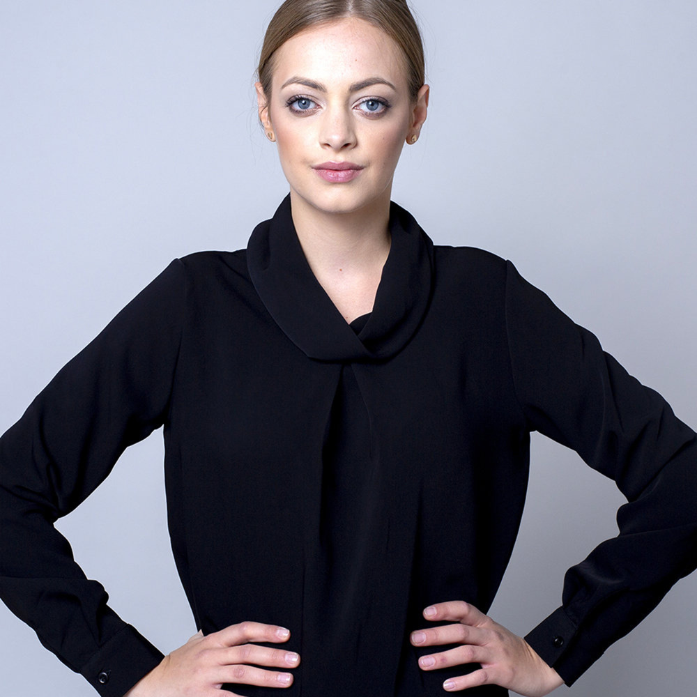 Women's blouse in black 10683