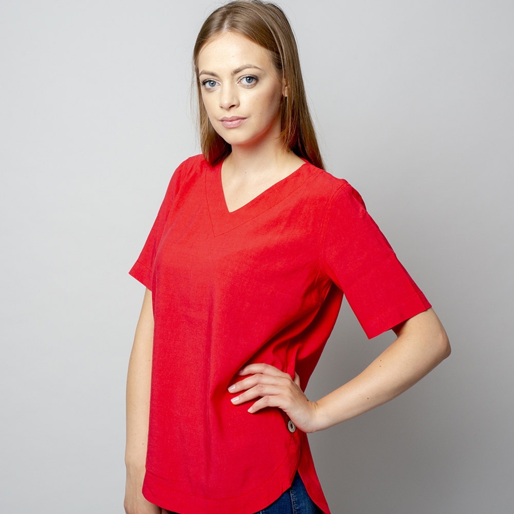 Women's t-shirt in red with linen addition 10910