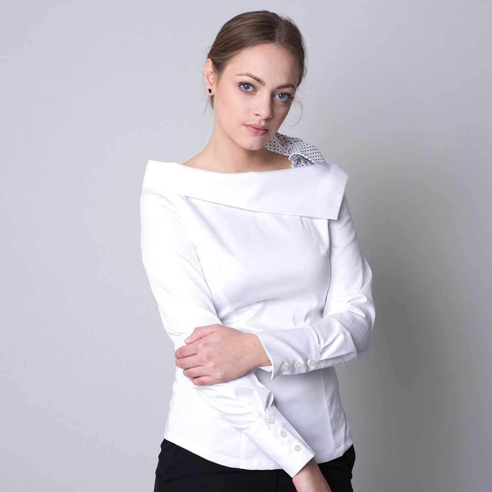 Women's t-shirt in white color with a polka dot bow 11323