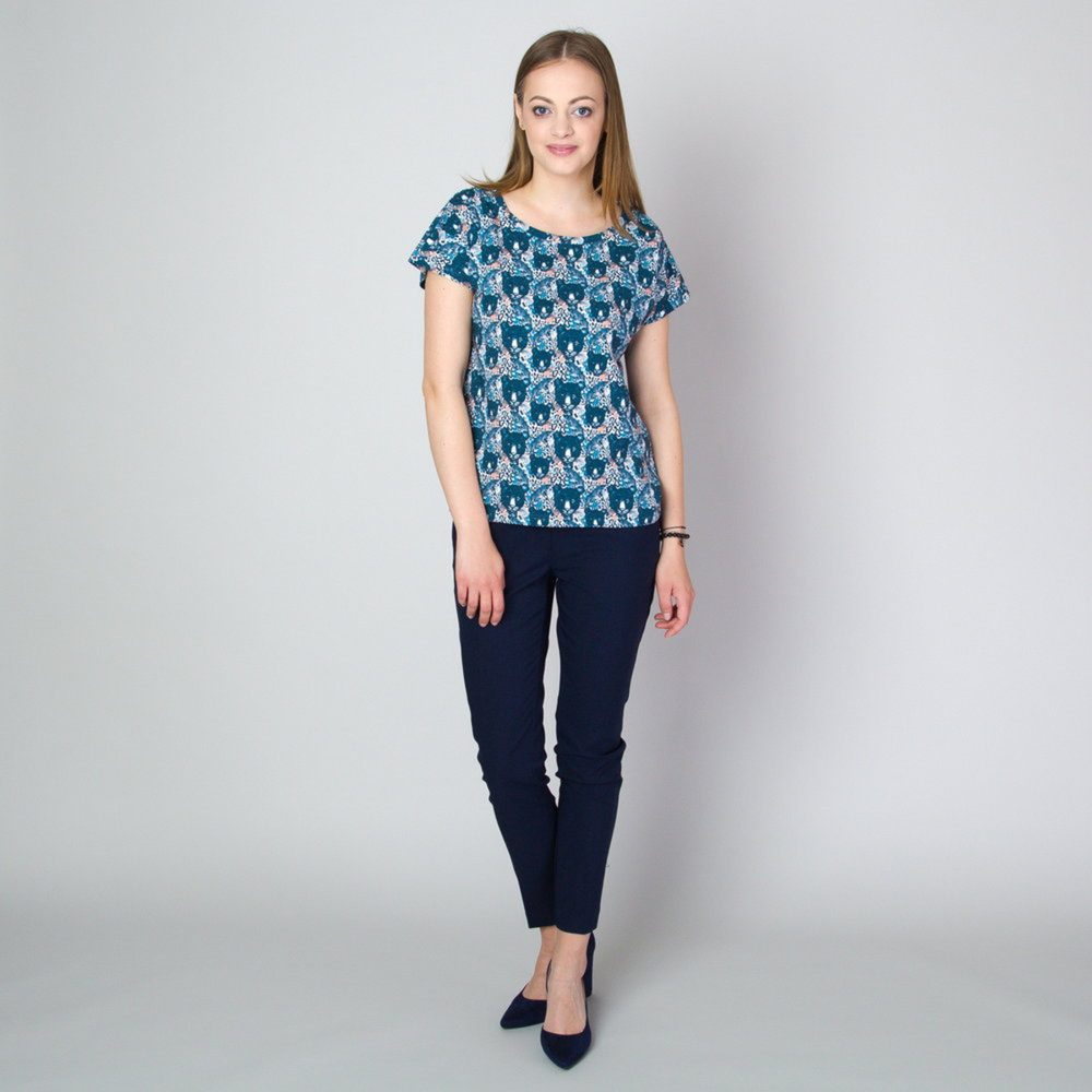 Women's t-shirt in blue color with animal print 11788