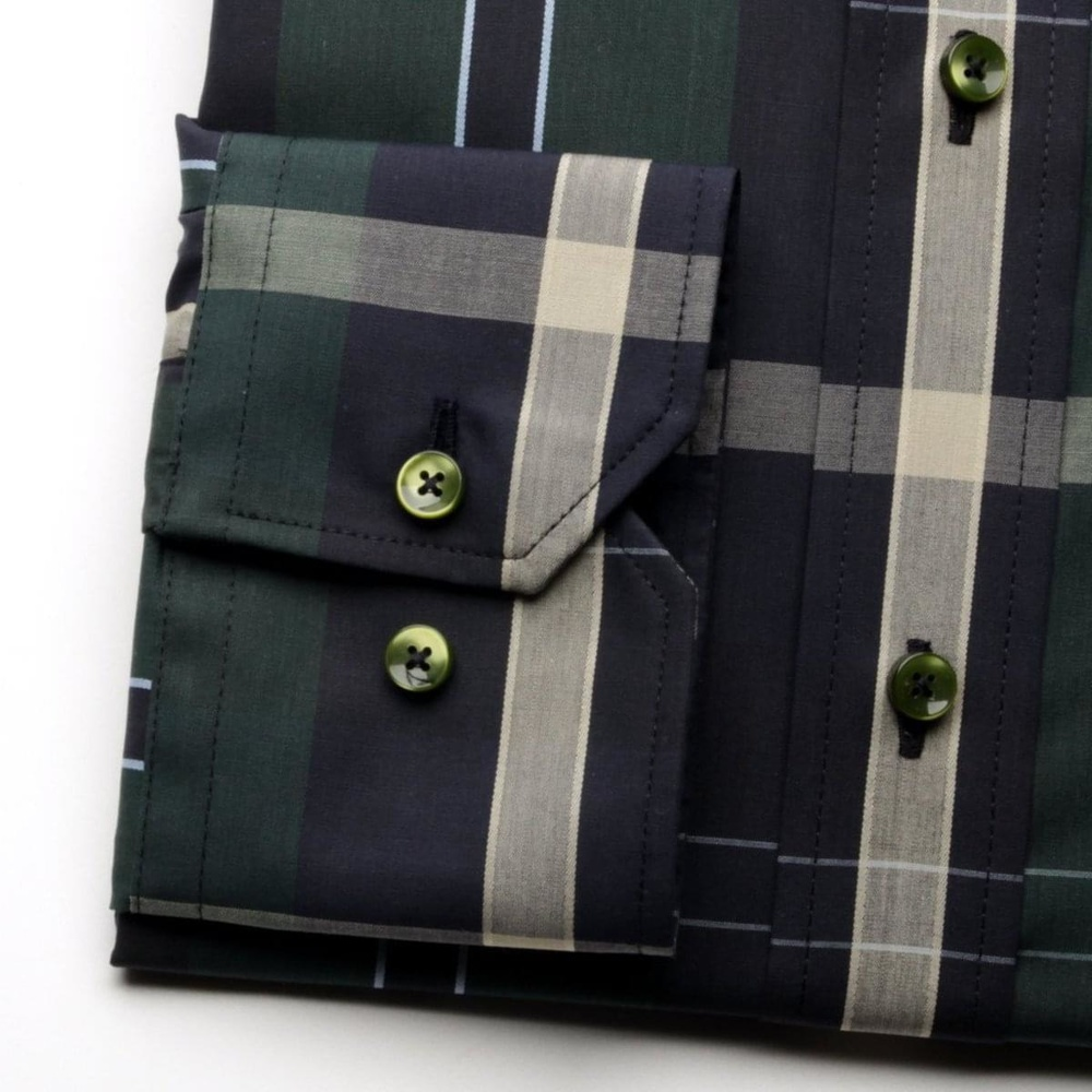 Men shirt WR London in green color with checked (height 164-170) 4850