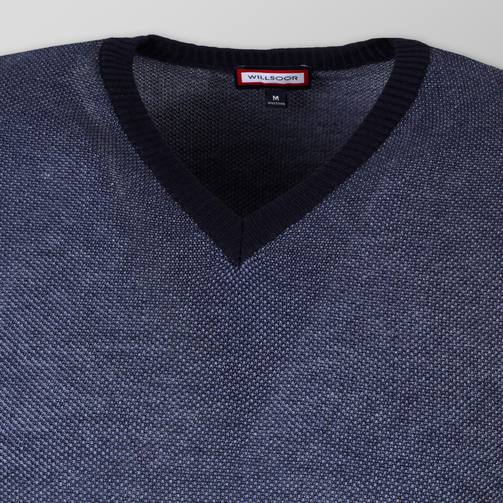 Men's sweater with V-neckline 9943