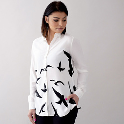 Women's shirt with flying birds print 10756, Willsoor